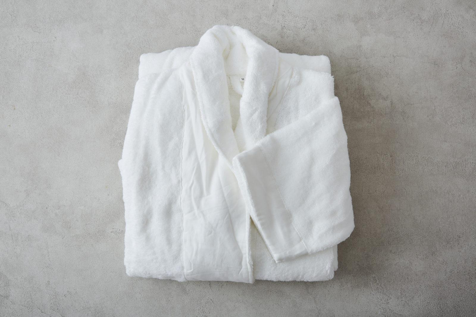 ガーゼ使いしなやかタオルのバスローブ