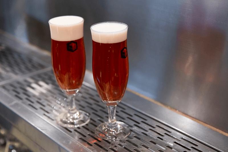古川さんが開発したビール「JAZZBERRY」の画像
